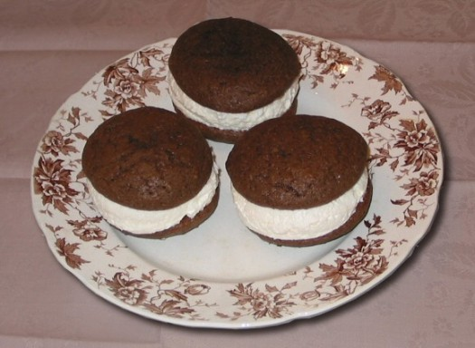 Whoopie Pies, Falmouth, Maine, by alcinoe, released to public domain, 2006.