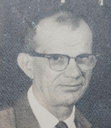BOB FATHER 1968 IMG_1792